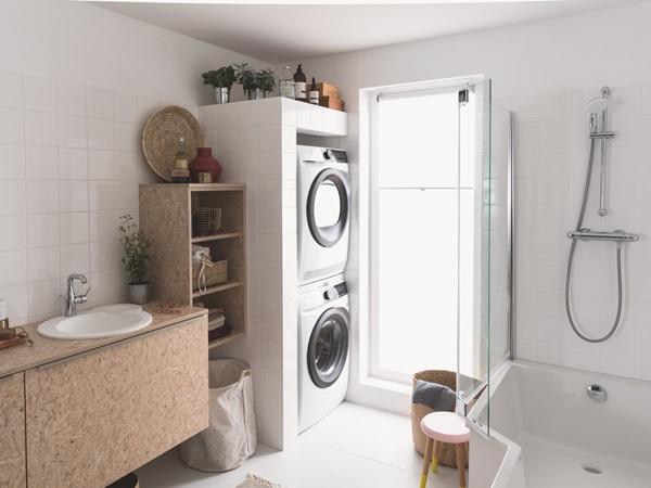 Lave-Linge et sèche-linge superposables Electrolux avec kit de superposition