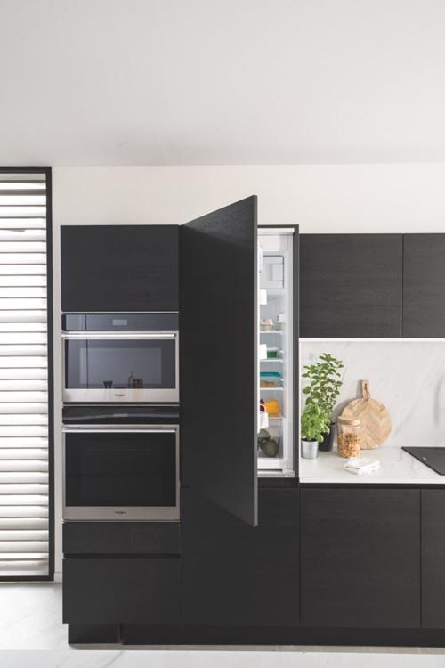 Réfrigérateur intégrable Whirlpool Monoporte 122cm